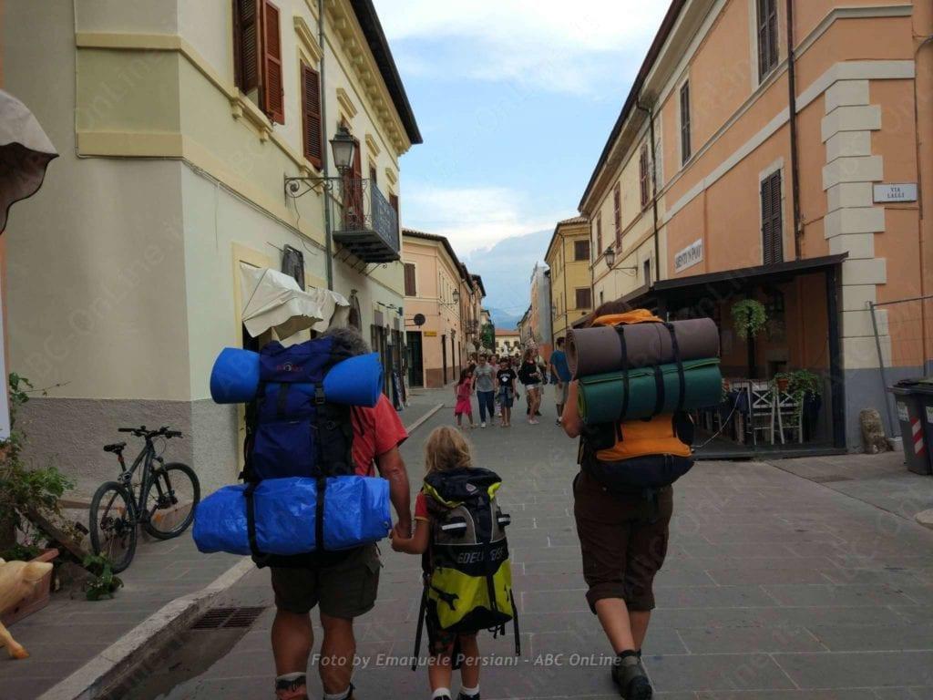 trekking cammino solidarieta pasqua norcia